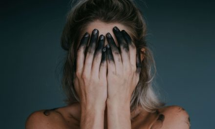 Rady pre introvertov, ktorých trápi nadmerné premýšľanie