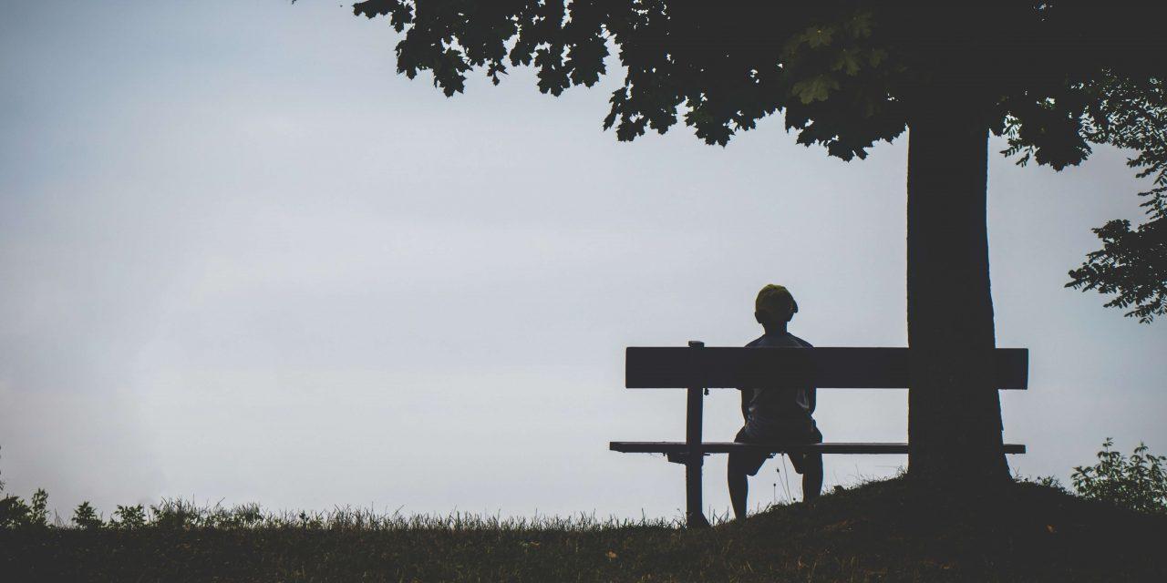 """Introvert je osamelý kvôli nedostatku spojenia, nie ľudí<span class=""""wtr-time-wrap after-title""""><span class=""""wtr-time-number"""">7</span> min read</span>"""